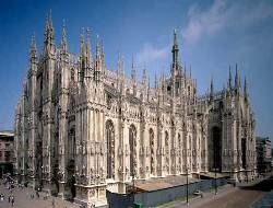 Car rental in Milan, Duomo Cathedral, Italy
