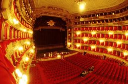 Car rental in milan, La Scala Theater, Italy